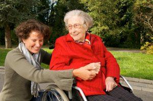 Aide à domicile personne âgée handicapée Cyriavie Aide à domicile